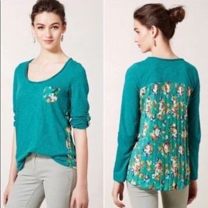 Anthropologie shirt with floral pleated back. M